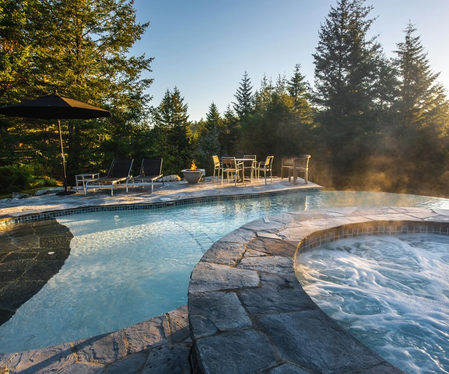Custom in-ground swimming pools in Vancouver